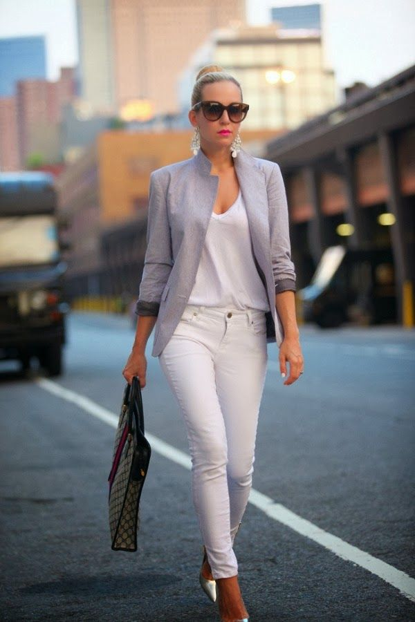 new_fashion_trend_blazer_and_white_trousers_outfits_for_autumn