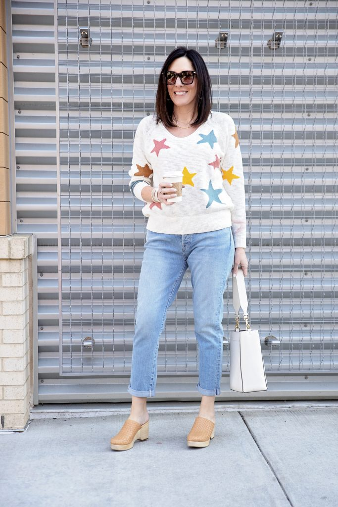 new_fashion_trend_clogs_shoes_outfit