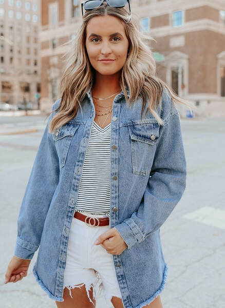 new_fashion_trend_denim_shacket_outfits_for_autumn