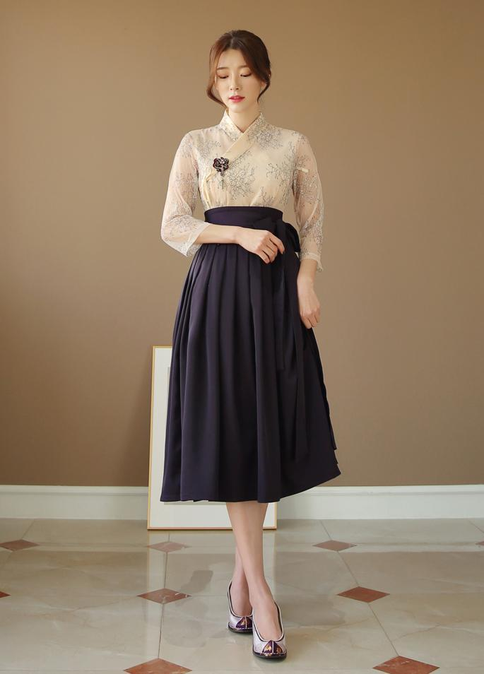 new_fashion_trend_modern_hanbok_outfit