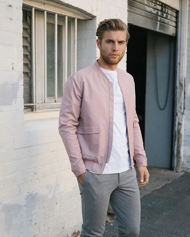 new_fashion_trend_pastel_color_outfit_for_men