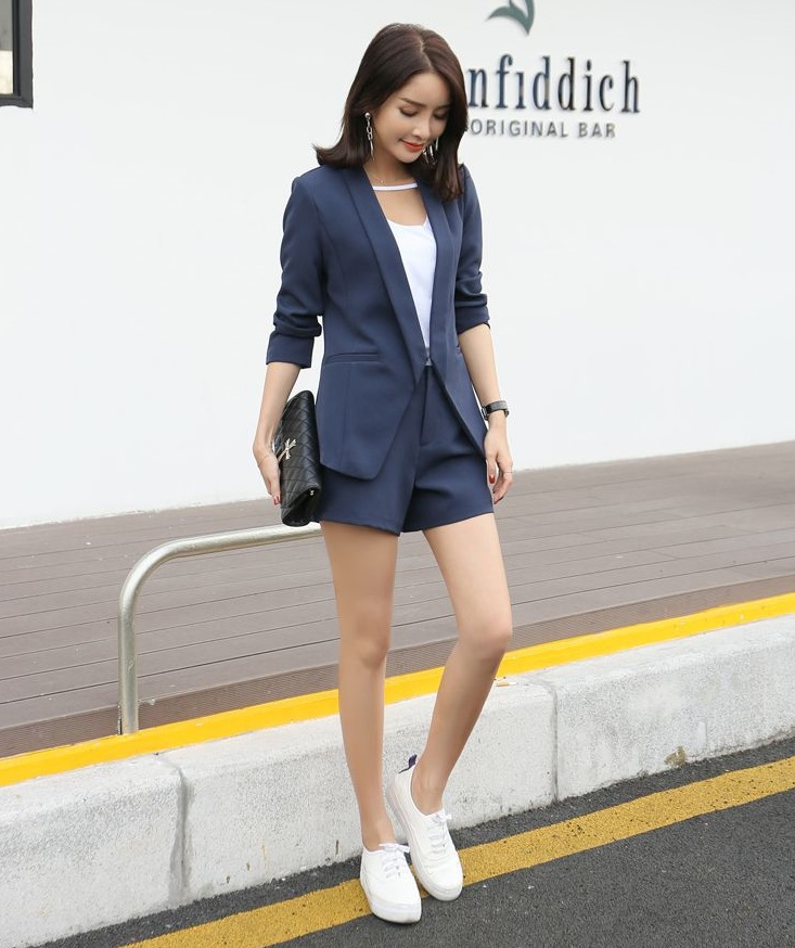 new_fashion_trend_short_pants_blazer_outfit