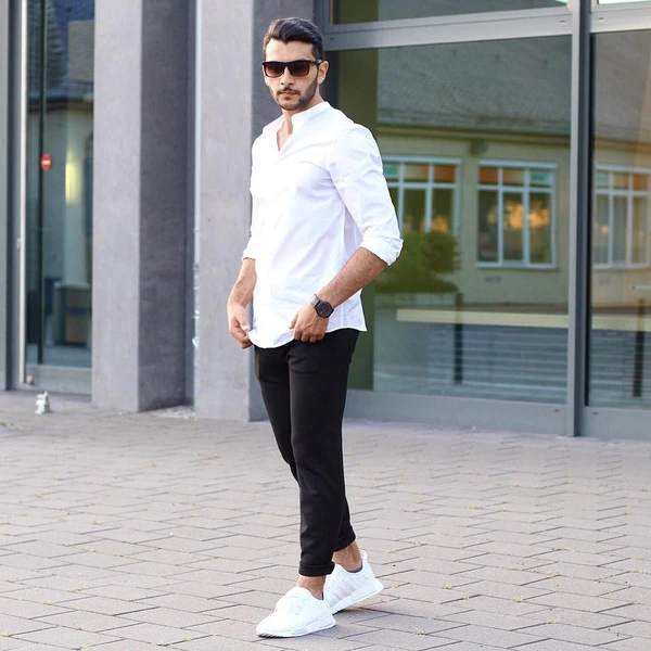 new_fashion_trend_simple_white_for_men_2021