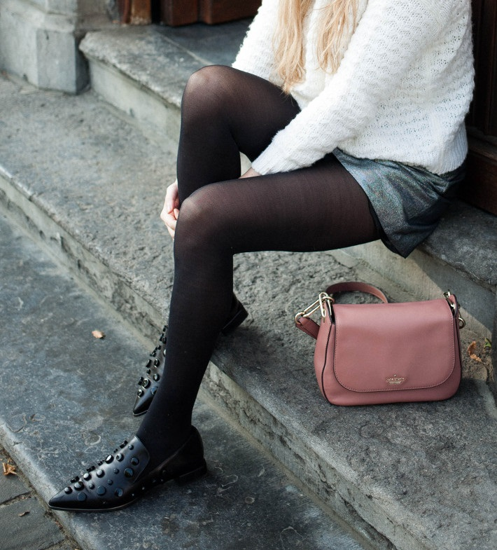 new_fashion_trend_statement_loafers_outfit