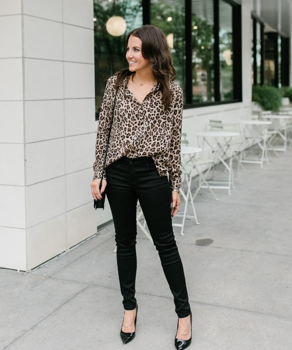 cute outfits with black jeans and patterns tops