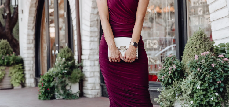 Be Gorgeous with These Simple Yet Elegant Dresses for Wedding Guests