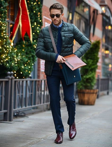 new_fashion_trend_green_puffer_jacket_outfits_for_autumn