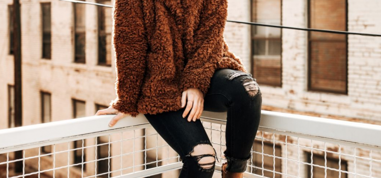 4 Great Inspirations of Cute Outfits to Wear with Black Jeans