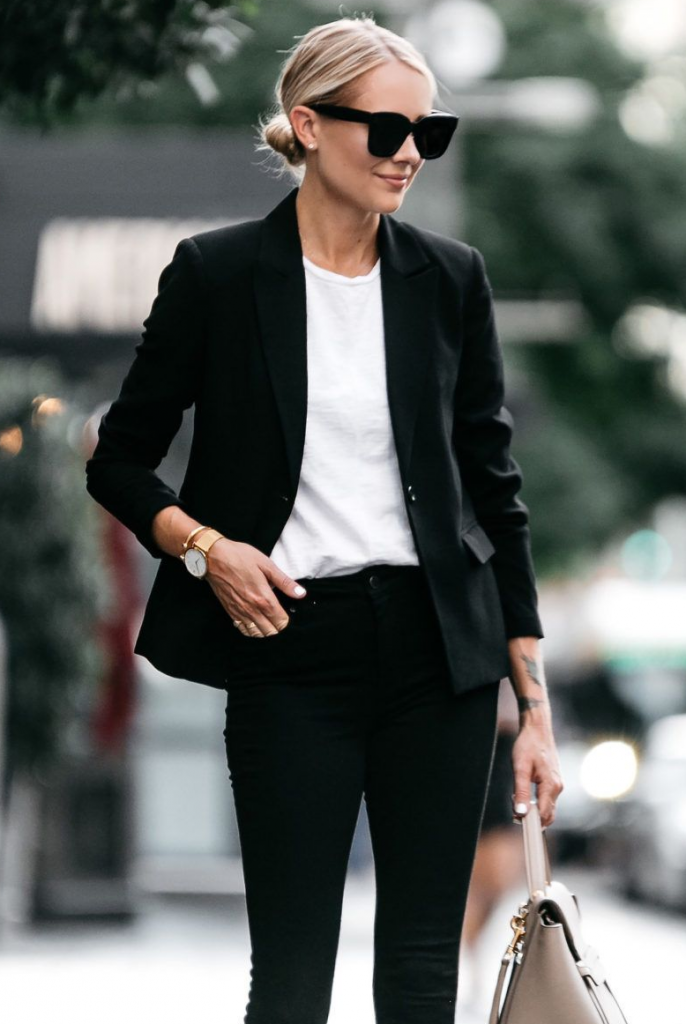 outfits to wear with black jeans blazer